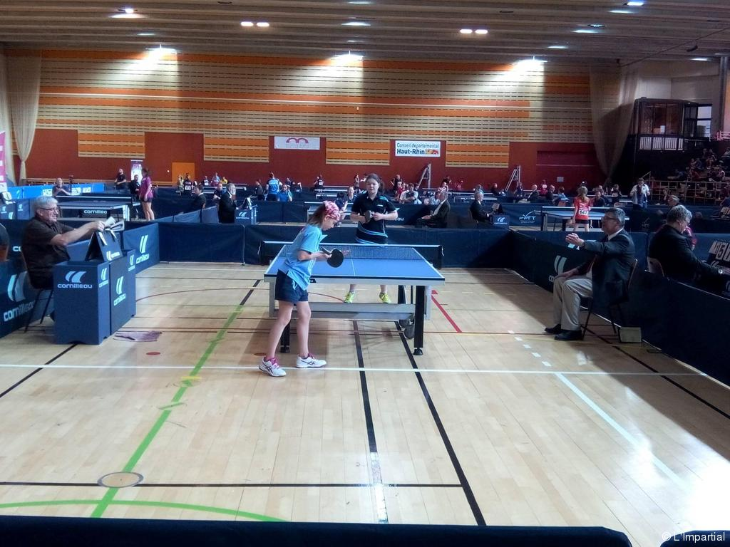 Les andelys tennis de table arina rouselle prometteuse for Les bonnes manieres a table en france